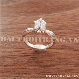 Nhẫn bạc nữ đá trắng